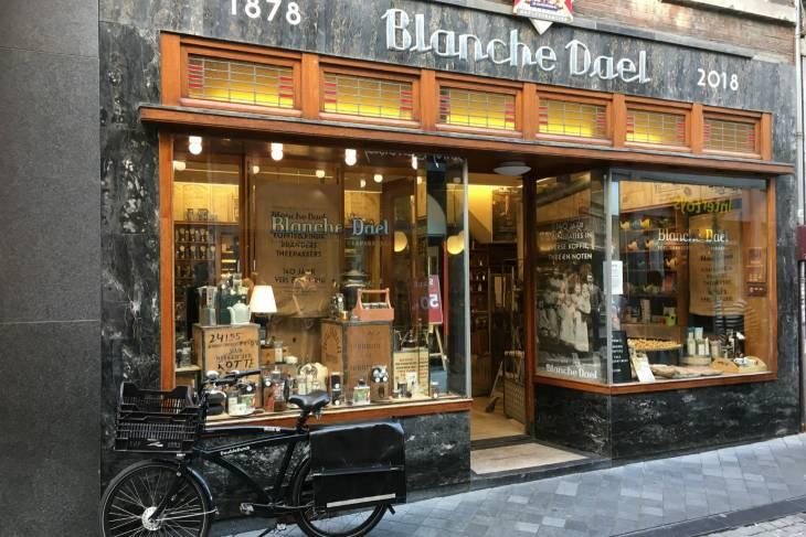 Koffiebranderij en theepakkerij Blanche Deel.