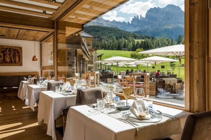 Italië Dolomieten zomervakantie RonReizen Hotel Cyprianerhof restaurant