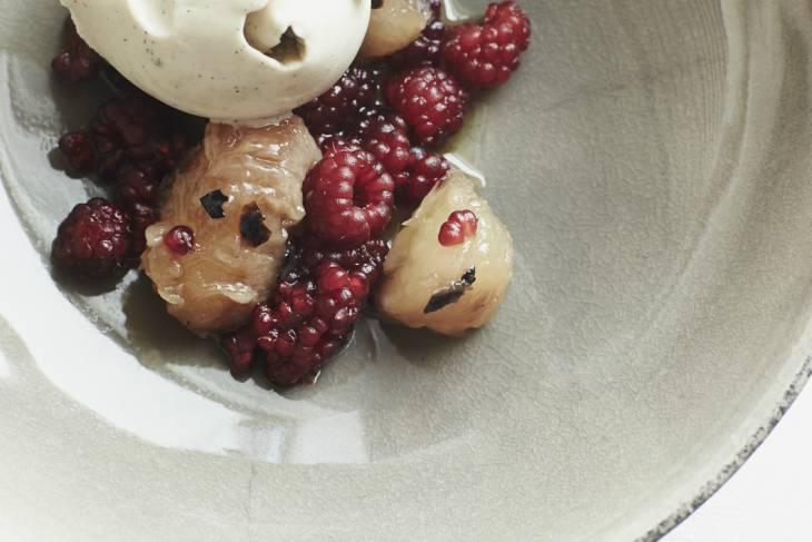 Henne Kikeby Kro: dessert