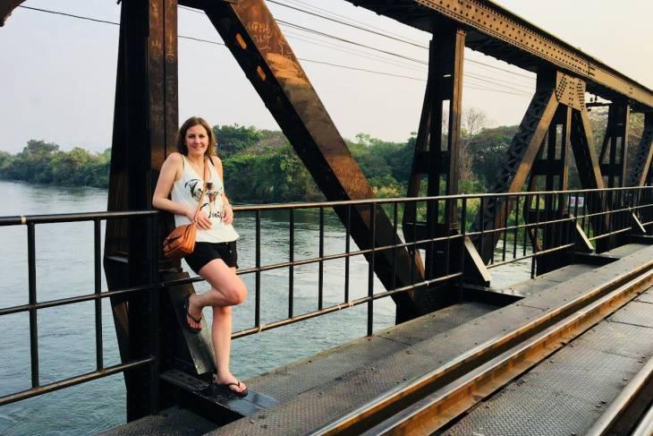 Kanchanaburi: alleen op The Bridge on the river kwai