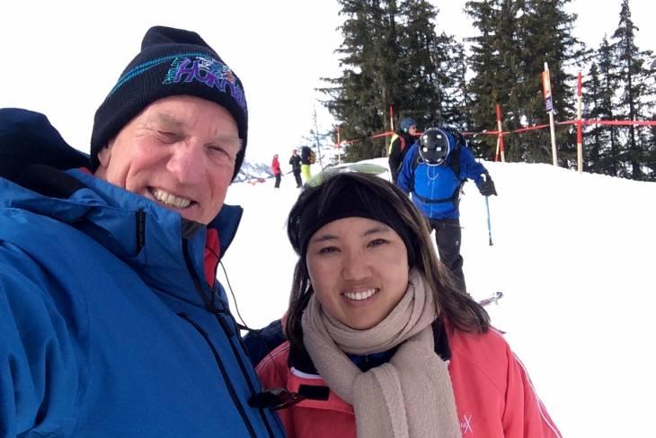 Camper of hotel tijdens wintersport