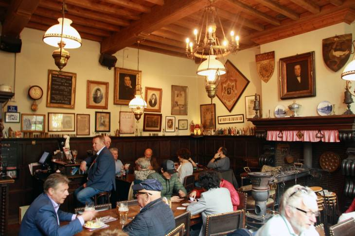 Een gezellige grand café in Brugge