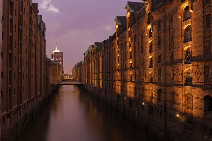 Oud en modern tegelijk in Hamburg.