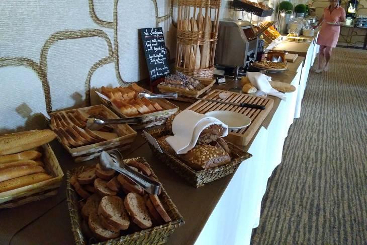 Ontbijtbuffet in Frankrijk