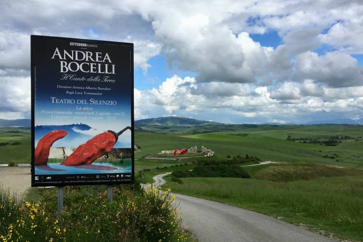 Andrea Bocelli. RonReizen.