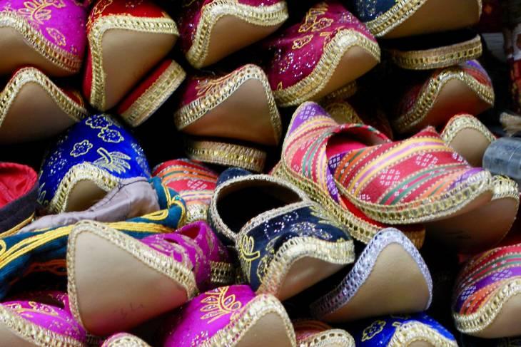 Slippers in de Grand Bazaar.