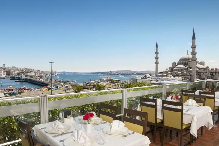 Ook overdag topterras aan de Bosporus