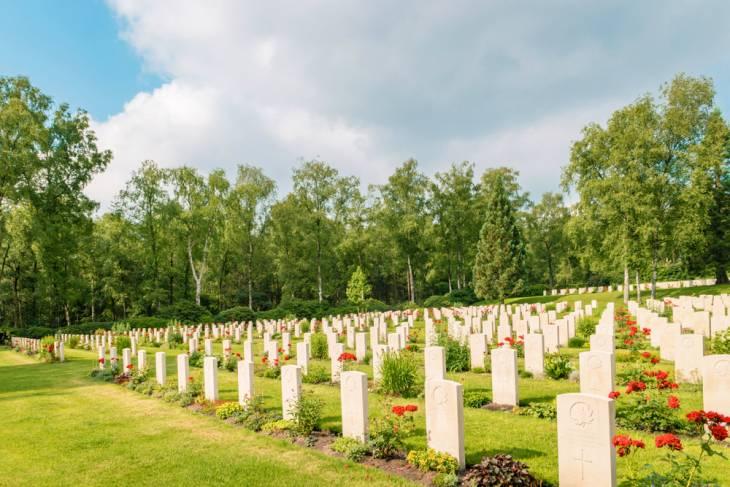 Canadese begraafplaats Holten.