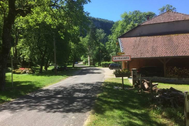 La Frasnée, klein dorp in de buurt van Clairvaux les Lacs Jura.