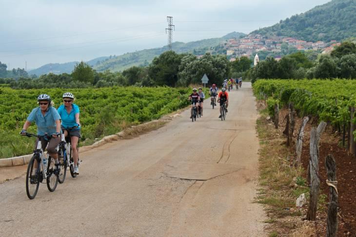 Op de fiets naar Hvar.